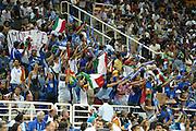 ATENE,  27 AGOSTO 2004<br /> OLIMPIADI ATENE 2004<br /> BASKET, SEMIFINALE<br /> ITALIA - LITUANIA<br /> NELLA FOTO: TIFOSI<br /> FOTO CIAMILLO