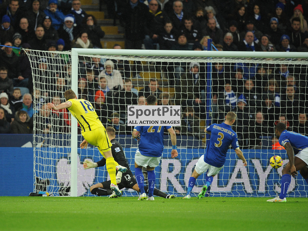 Tottenham Harry Kane fires in his early goal at Leicester, Leicester City v Tottenham Hotspur, Premier League, King Power Stadium, Friday, Boxing Day, 26th December 2014