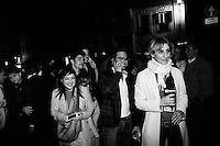 """ROMA, ITALIA - 19 APRILE 2013: a Roma, Italy, il 19 aprile 2013.<br /> <br /> I deputati del Partito Democratico (PD) escono dal Teatro Capranica dopo l'assemblea del partito a seguito del risultato del quarto scrutinio dell'elezione del Presidente della Repubblica.<br /> <br /> Pier Luigi Bersani si è dimesso. """"Uno su quattro ha tradito, è inaccettabile"""", ha detto ufficializzando la decisione davanti all'assemblea dei grandi elettori Pd, poche ore dopo la quarta fumata nera a Montecitorio per l'elezione del presidente della Repubblica. Con il secondo candidato del centrosinistra bruciato dalle divisioni interne alla coalizione.<br /> Le elezioni del presidente della Repubblica sono iniziate il 18 aprile 2013. Nelle prime 3 votazioni sono necessari 672 voti per eleggere il Presidente della Repubblica, ossia i due terzi dei 1007 componenti (630 deputati, 319 senatori e 58 rappresentanti delle regioni). Dalla quarta votazione in poi, sarà invece necessaria la maggioranza assoluta dell'assemblea, ossia 504 voti."""