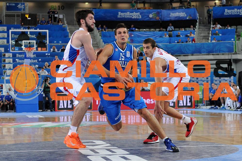 DESCRIZIONE : Lubiana Ljubliana Slovenia Eurobasket Men 2013 Finale Settimo Ottavo Posto Serbia Italia Final for 7th to 8th place Serbia Italy<br /> GIOCATORE : Andrea Cinciarini<br /> CATEGORIA : palleggio dribble<br /> SQUADRA : Italia Italy<br /> EVENTO : Eurobasket Men 2013<br /> GARA : Serbia Italia Serbia Italy<br /> DATA : 21/09/2013 <br /> SPORT : Pallacanestro <br /> AUTORE : Agenzia Ciamillo-Castoria/C.De Massis<br /> Galleria : Eurobasket Men 2013<br /> Fotonotizia : Lubiana Ljubliana Slovenia Eurobasket Men 2013 Finale Settimo Ottavo Posto Serbia Italia Final for 7th to 8th place Serbia Italy<br /> Predefinita :