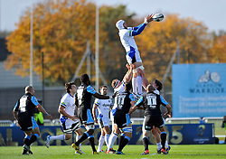 Dave Attwood of Bath Rugby rises high to win lineout ball - Photo mandatory by-line: Patrick Khachfe/JMP - Mobile: 07966 386802 18/10/2014 - SPORT - RUGBY UNION - Glasgow - Scotstoun Stadium - Glasgow Warriors v Bath Rugby - European Rugby Champions Cup
