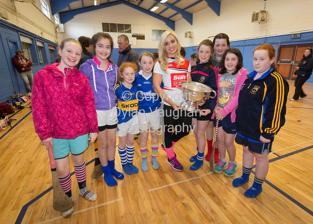 7/5/15<br /> SunSports Ambassador Anna Geary pictured with Anna Derby, Meabh Scanlon, Rebecca O'Mara, Emer Fogarty, Kaitlin Lyn Callanan, Emma Harris, Leah McDonald and Kate Lawlor  at the Irish Sun Sports Pack Roadshow at Thurles Sarsfields GAA Club<br /> Picture Dylan Vaughan.