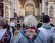 "Italy, Siena, the Palio: 8am in the open air chapel beside the municipality Town Hall, the ""jockey's Mass"" is celebrated by the Archishop."