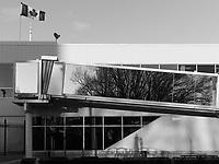 http://Duncan.co/island-airport-gangway