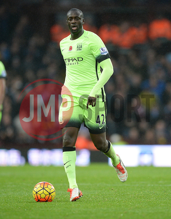 Yaya Toure of Manchester City - Mandatory byline: Alex James/JMP - 07966 386802 - 08/11/2015 - FOOTBALL - Villa Park - Birmingham, England - Aston Villa v Manchester City - Barclays Premier League