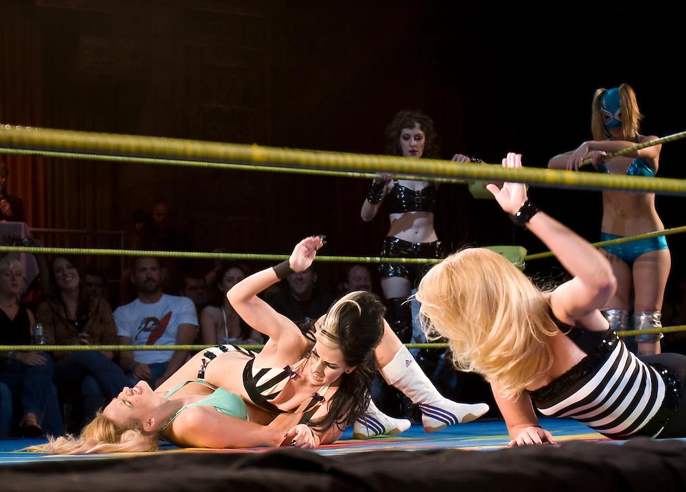 Girl Fight: women take on wrestling at Lucha Va Voom