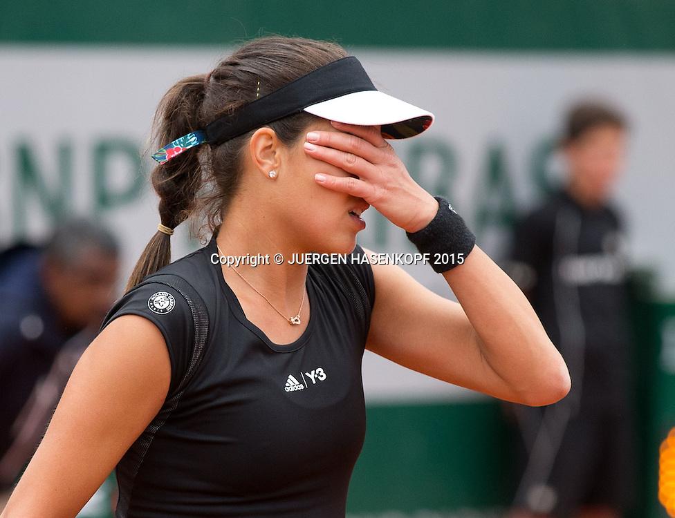 Ana Ivanovic (SRB) schl&auml;gt die Hand for die Augen,Entt&auml;uschung,Frust,Aerger,Emotion,<br /> <br /> Tennis - French Open 2015 - Grand Slam ITF / ATP / WTA -  Roland Garros - Paris -  - France  - 31 May 2015.