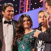 NLD/Nijkerk/20150306 - Finale Bloed, Zweet en Tranen 2015, Xander de Buisonje, Roxanne Hazes en winnaar Driekes Hoekstra