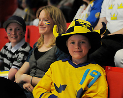 11.05.2013, Globe Arena, Stockholm, SWE, IIHF, Eishockey WM, Schweden vs Slowenien, im Bild publik fans supporter Sverige Sweden // during the IIHF Icehockey World Championship Game between Sweden and Slovenia at the Ericsson Globe, Stockholm, Sweden on 2013/05/11. EXPA Pictures © 2013, PhotoCredit: EXPA/ PicAgency Skycam/ Simone Syversson..***** ATTENTION - OUT OF SWE *****