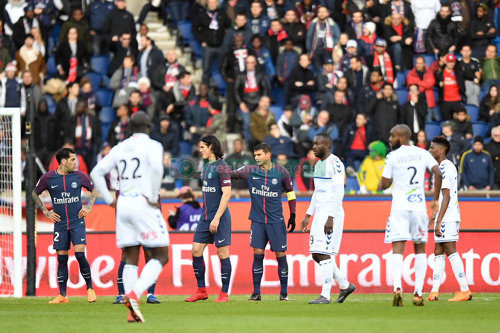 February 17, 2018 - Paris, France - 32 DANI ALVES (psg) - 02 THIAGO SILVA (psg) - 09 EDINSON CAVANI  (Credit Image: © Panoramic via ZUMA Press)