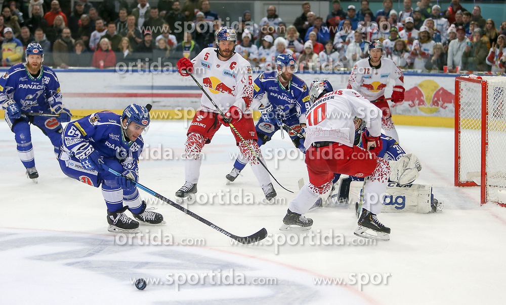 04.03.2020, Eisarena, Salzburg, AUT, EBEL, EC Red Bull Salzburg vs EC VSV, Viertelfinale, 1. Spiel, im Bild Chance für Raphael Herburger (EC Red Bull Salzburg) // during the Erste Bank Icehockey 1st quarterfinal match between EC Red Bull Salzburg and EC VSV at the Eisarena in Salzburg, Austria on 2020/03/04. EXPA Pictures © 2020, PhotoCredit: EXPA/ Roland Hackl