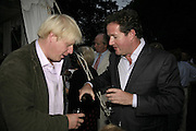 BORIS JOHNSON AND PIERS MORGAN, Rachel Johnson celebratespublication of ' Notting Hell'. Communal Gardens. Ladbroke Grove. London. 4 September 2006. .ONE TIME USE ONLY - DO NOT ARCHIVE  © Copyright Photograph by Dafydd Jones 66 Stockwell Park Rd. London SW9 0DA Tel 020 7733 0108 www.dafjones.com