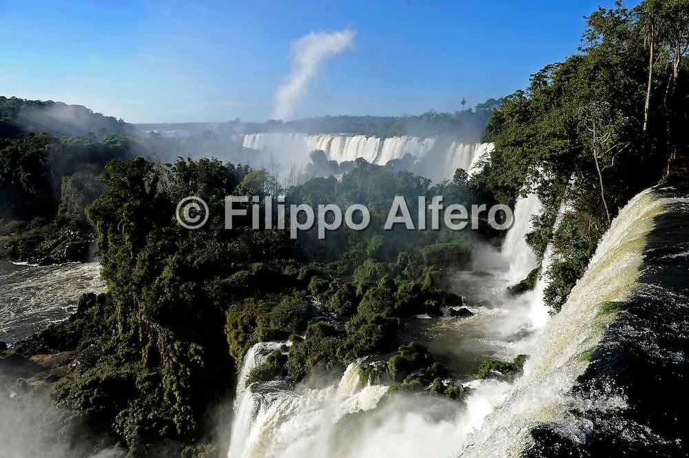 &copy; Filippo Alfero<br /> Fiat Professional Club - Brasile 2010<br /> Iguaz&ugrave; + Rio de Janeiro, 12-17/04/2010