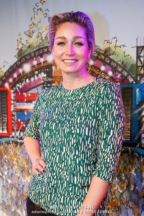 NLD/Hilversum/20130214 - Presentatie artiesten Nederland Muziekland 2013, Do, Dominique van Hulst