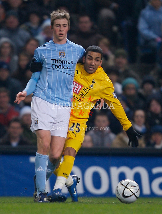MANCHESTER, ENGLAND - Tuesday, December 18, 2007: Manchester City's Michael Johnson and Tottenham Hotspur's Aaron Lennon during the League Cup Quarter Final match at the City of Manchester Stadium. (Photo by David Rawcliffe/Propaganda)