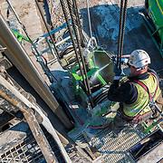 Hijpalen boren bouw Prinses Máxima Centrum Utrecht. Projectfotografie vanaf februari 2016 tot einde project, gepland december 2017. Officiele opening mei 2018
