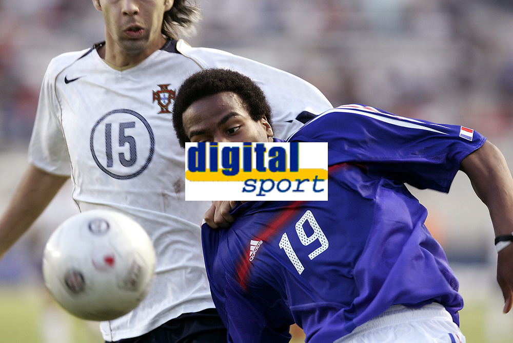 FOOTBALL - UNDER 21 TOULON TOURNAMENT 2005 - FINAL - FRANCE v PORTUGAL - 10/06/2005 - JIMMY BRIAND (FRA) / PAULO MONTEIRO (POR)<br /> <br />   PHOTO PHILIPPE LAURENSON / DIGITALSPORT<br /> Norway only