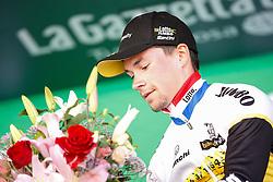 14.05.2016, Radda nach Greve, ITA, Giro d Italia 2016, 9. Etappe, Einzelzeitfahren, im Bild ROGLIC Primoz (SLO) TEAM LOTTO NL - JUMBO (NED) vincitore di tappa 9 // ROGLIC Primoz (SLO) TEAM LOTTO NL - JUMBO (NED) wins stage 9 during 9th Stage, individual time trial from Radda in Chianti to Greve in Chianti of the Giro d Italia. in Radda nach Greve, Italy on 2016/05/14. EXPA Pictures &copy; 2016, PhotoCredit: EXPA/ laPresse/ Belen Sivori<br /> <br /> *****ATTENTION - for AUT, SUI, CRO, SLO only*****