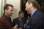 Ralph Fiennes and Ed Victor. Tina Brown CBE and Birthday party hosted by Sally Greene. Cheyne Walk. London 21 November 2000. © Copyright Photograph by Dafydd Jones 66 Stockwell Park Rd. London SW9 0DA Tel 020 7733 0108 www.dafjones.com