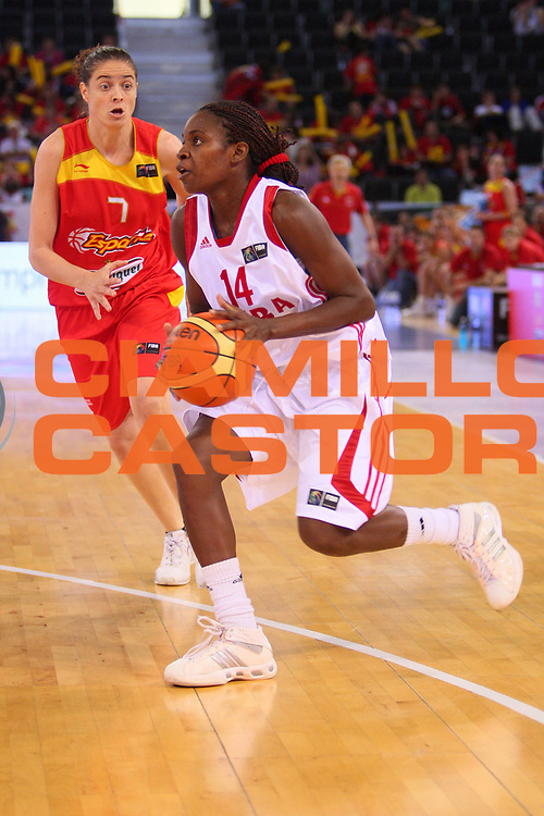 DESCRIZIONE : Madrid 2008 Fiba Olympic Qualifying Tournament For Women Quater Finals Cuba Spain <br /> GIOCATORE : Leidys Oquendo <br /> SQUADRA : Cuba <br /> EVENTO : 2008 Fiba Olympic Qualifying Tournament For Women <br /> GARA : Cuba Spain Cuba Spagna <br /> DATA : 13/06/2008 <br /> CATEGORIA : Penetrazione <br /> SPORT : Pallacanestro <br /> AUTORE : Agenzia Ciamillo-Castoria/S.Silvestri <br /> Galleria : 2008 Fiba Olympic Qualifying Tournament For Women <br /> Fotonotizia : Madrid 2008 Fiba Olympic Qualifying Tournament For Women Quater Finals Cuba Spain <br /> Predefinita :