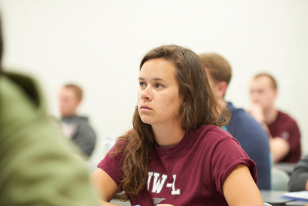 Activity; Teaching; Buildings; Wimberly; Location; Inside; Classroom; People; Student Students; Spring; April; Time/Weather; day; Type of Photography; Candid; UWL UW-L UW-La Crosse University of Wisconsin-La Crosse; Guest Speakers Finance Class Diane Tempski