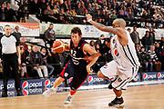 DESCRIZIONE : Caserta Lega A 2011-12 Pepsi Caserta Bancatercas Teramo<br /> GIOCATORE : Robert Fultz<br /> SQUADRA : Bancatercas Teramo<br /> EVENTO : Campionato Lega A 2011-2012<br /> GARA : Pepsi Caserta Bancatercas Teramo<br /> DATA : 18/12/2011<br /> CATEGORIA : palleggio penetrazione<br /> SPORT : Pallacanestro<br /> AUTORE : Agenzia Ciamillo-Castoria/A.De Lise<br /> Galleria : Lega Basket A 2011-2012<br /> Fotonotizia : Caserta Lega A 2011-12 Pepsi Caserta Bancatercas Teramo<br /> Predefinita :