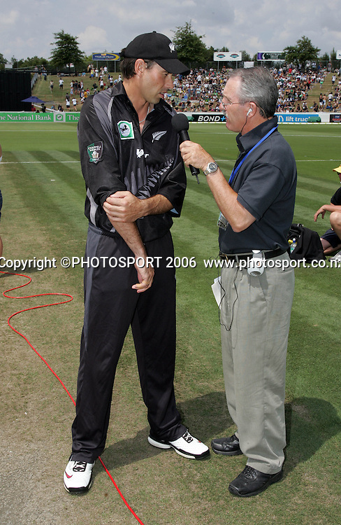 NZ captain Stephen Fleming prior to the start of the 3rd Chappell Hadlee one day match at Seddon Park, Hamilton, New Zealand on Tuesday 20 February 2007. Photo: Andrew Cornaga/PHOTOSPORT<br />