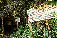 Início da trilha para a Praia da Lagoinha do Leste no Pântano do Sul. Florianópolis, Santa Catarina, Brasil. / <br /> Beginning of the trail to Lagoinha do Leste Beach at Pantano do Sul. Florianopolis, Santa Catarina, Brazil.