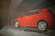 Fiat Punto launch. Atlaantis Gallery, Brick Lane. London. 19  January 2006.  ONE TIME USE ONLY - DO NOT ARCHIVE  © Copyright Photograph by Dafydd Jones 66 Stockwell Park Rd. London SW9 0DA Tel 020 7733 0108 www.dafjones.com