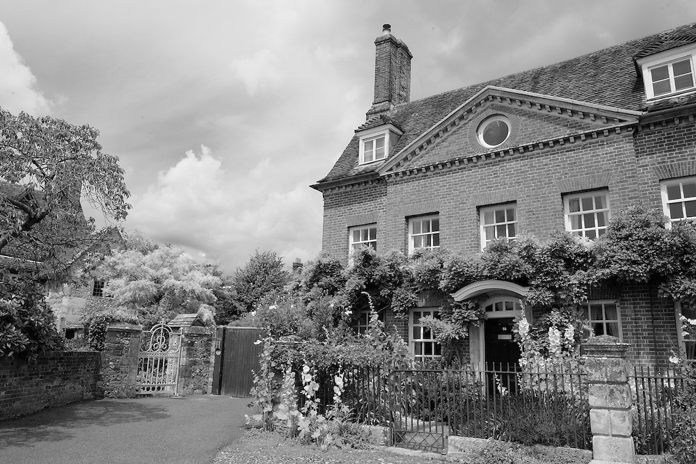 Georgian Home With Garden - Salisbury, UK - Black & White