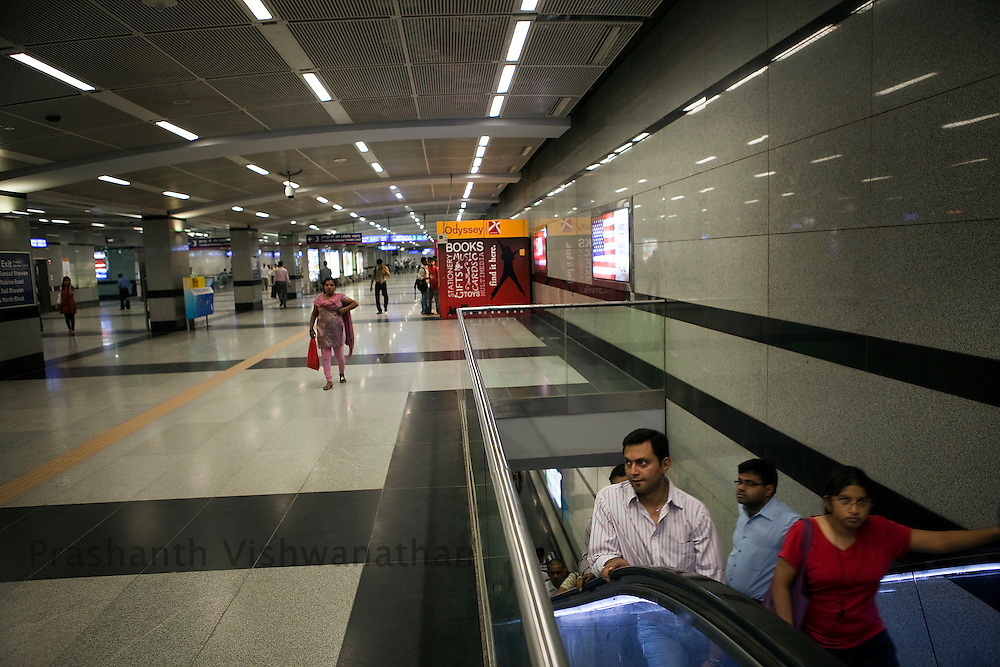 Passengers use the escalators at the Central Secratariat station of the Delhi Metro network in New Delhi, India, on Friday, October 22, 2010. Photographer: Prashanth Vishwanathan/HELSINGIN SANOMAT