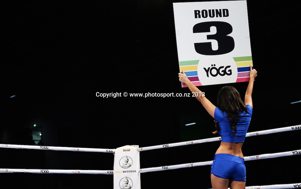 Promo Ring Girl. Hydr8 Zero Explosion Boxing event by Duco Promotions. Trusts Stadium. Auckland, New Zealand. Thursday 13 June 2013. Photo: Andrew Cornaga /photosport.co.nz.