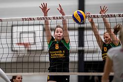18-11-2017 NED: Beker PDK Huizen - Eurosped TVT, Huizen<br /> Huizen verliest uiteindelijk in aantrekkelijk duel met 3-2 van Eurosped / Lizzy Koole #8 of PDK Huizen
