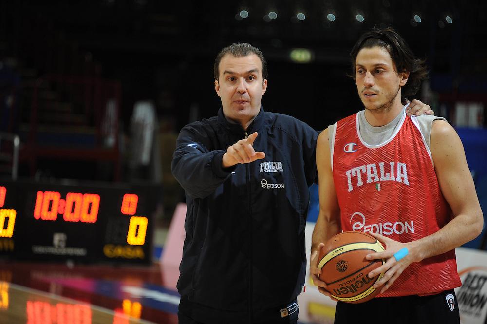 MILANO 12 MARZO 2011<br /> BASKET ALL STAR GAME<br /> ALLENAMENTO NAZIONALE ITALIANA<br /> NELLA FOTO PIANIGIANI<br /> FOTO CIAMILLO CASTORIA