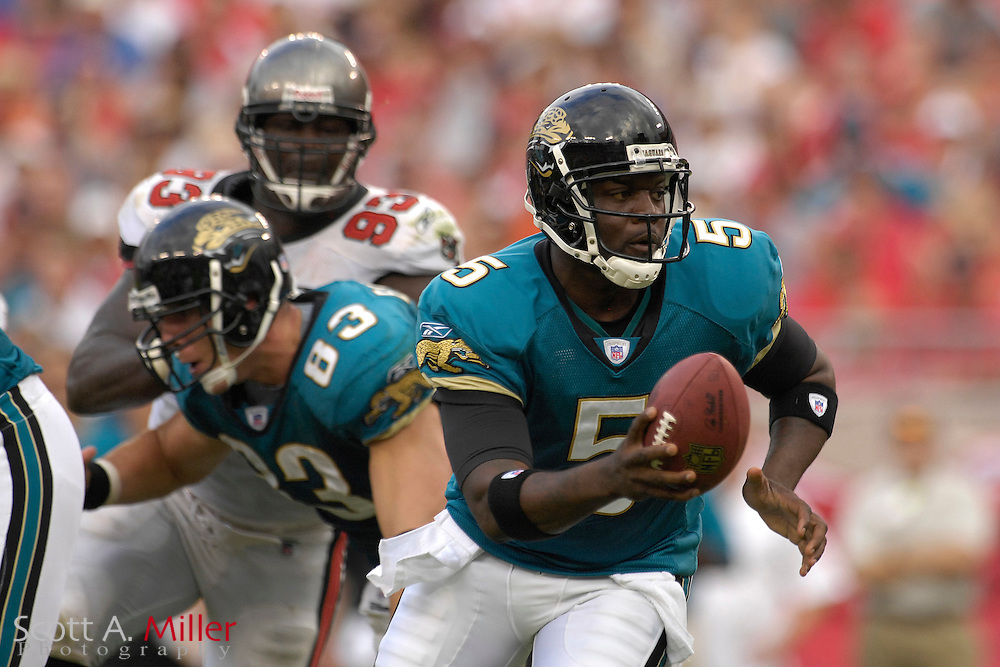 Oct. 28, 2007; Tampa, FL, USA;Jacksonville Jaguars quarterback (5) Quinn Gray in action during the second quarter of the Jags game against the  Tampa Bay Buccaneers at Raymond James Stadium on Oct. 28, 2007 in Tampa, Florida.       ..©2007 Scott A. Miller