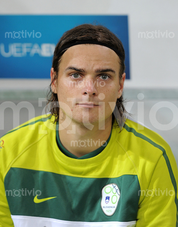FUSSBALL INTERNATIONAL  Qualifikation Euro 2012  02.09.2011 Slowenien - Estland Nejc PECNIK (Slowenien)