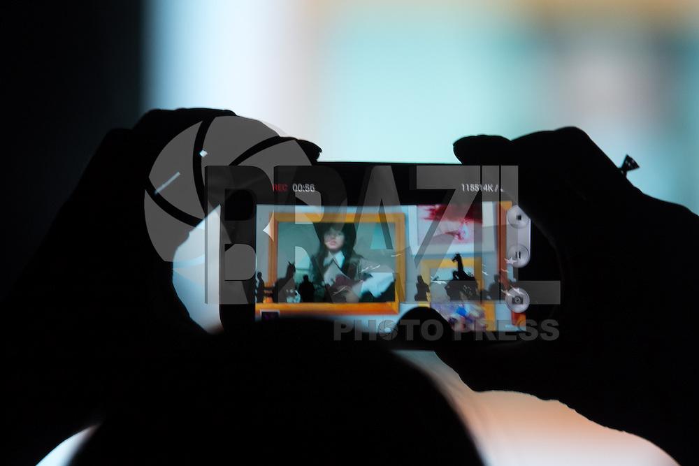 BELO HORIZONTE, MG, 08.02.2014 – SHOW PAULA FERNANDES - Show da Turne Um Ser Amor de Paula Fernandes durante o apresentação no Chevrolet Hall em Belo Horizonte, na noite deste Sábado (08) (Foto: Marcos Fialho / Brazil Photo Press)