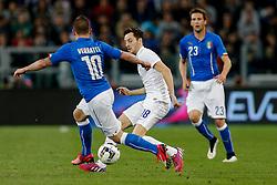 Ryan Mason of England is challenged by Marco Verratti of Italy - Photo mandatory by-line: Rogan Thomson/JMP - 07966 386802 - 31/03/2015 - SPORT - FOOTBALL - Turin, Italy - Juventus Stadium - Italy v England - FIFA International Friendly Match.