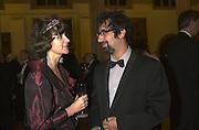 Ruth Padel and David Baddiel. The Booker prize 2000. Guildhall, London EC2. 7 November 2000. © Copyright Photograph by Dafydd Jones 66 Stockwell Park Rd. London SW9 0DA Tel 020 7733 0108 www.dafjones.com