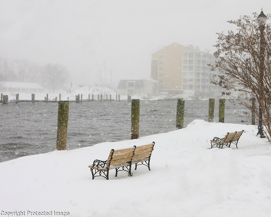 River benches along the Wicomico River in a snow storm