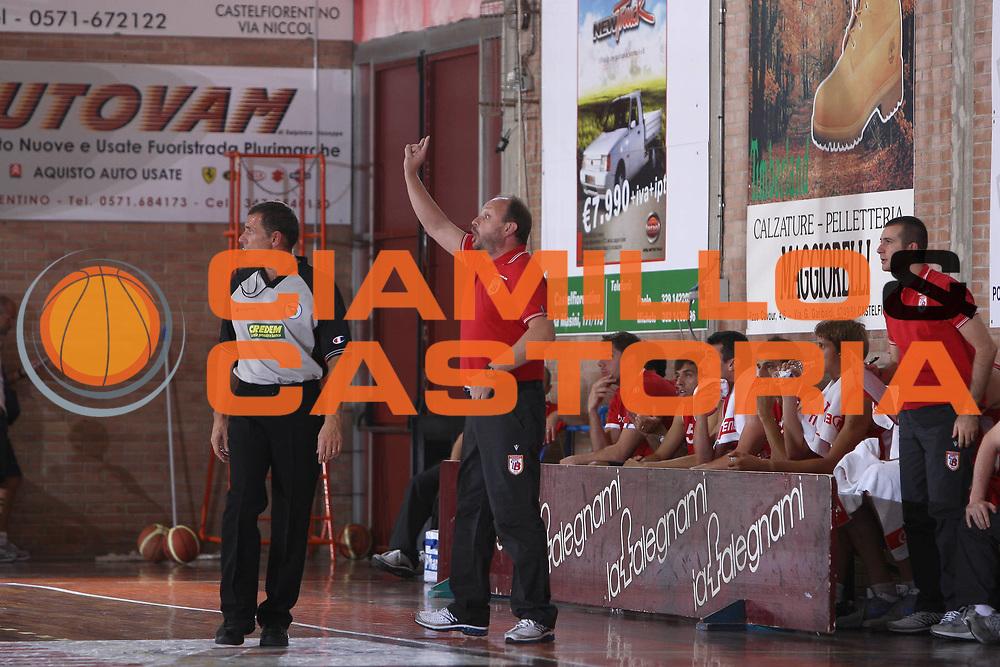 DESCRIZIONE : Castelfiorentino Lega A 2009-10 Basket Torneo V. Martini Virtus Bologna Bancatercas Teramo<br /> GIOCATORE : Andrea Capobianco<br /> SQUADRA : Bancatercas Teramo<br /> EVENTO : Campionato Lega A 2009-2010 <br /> GARA : Virtus Bologna Bancatercas Teramo<br /> DATA : 12/09/2009<br /> CATEGORIA : coach<br /> SPORT : Pallacanestro <br /> AUTORE : Agenzia Ciamillo-Castoria/C.De Massis