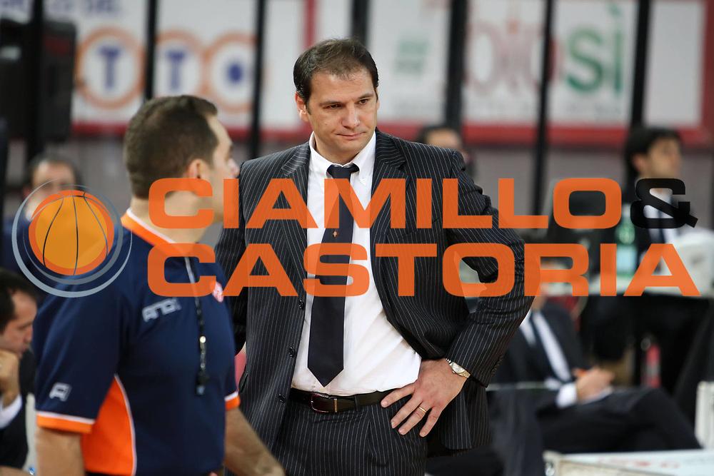 DESCRIZIONE : Roma Eurolega 2009-10 Lottomatica Roma CSKA Moscow<br /> GIOCATORE : Nando Gentile<br /> SQUADRA : Lottomatica Virtus Roma<br /> EVENTO : Eurolega 2009-2010<br /> GARA : Lottomatica Virtus Roma CSKA Moscow<br /> DATA : 10/12/2009<br /> CATEGORIA : ritratto coach delusione<br /> SPORT : Pallacanestro<br /> AUTORE : Agenzia Ciamillo-Castoria/E.Castoria<br /> Galleria : Eurolega 2009-2010<br /> Fotonotizia : Roma Eurolega 2009-10 Lottomatica Virtus Roma CSKA Moscow<br /> Predefinita :