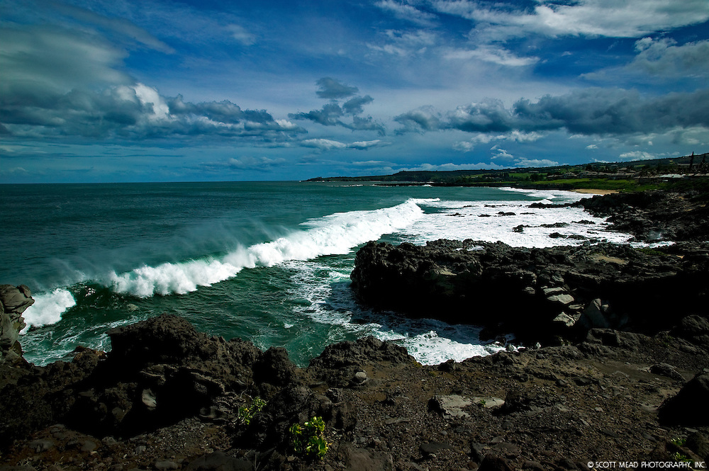 Crasing wave and surf in Oneloa Bay, Kapalua, Maui, Hawaii