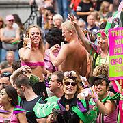 NLD/Amsterdam/20170805 - Gaypride 2017, boot Groen Links