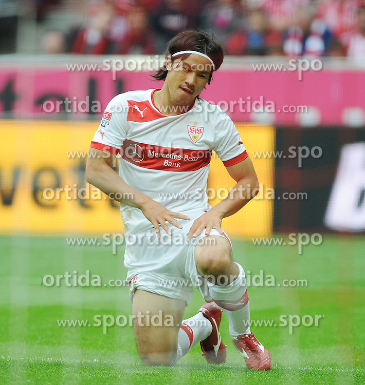 02.09.2012, Allianz Arena, Muenchen, GER, 1. FBL, FC Bayern Muenchen vs VfB Stuttgart, 2. Runde, im Bild Shinji OKAZAKI (VfB Stuttgart) nach einer vergebenen Torchance. // during the German Bundesliga 2nd round match between FC Bayern Munich and VfB Stuttgart at the Allianz Arena, Munich, Germany on 2012/09/02. EXPA Pictures © 2012, PhotoCredit: EXPA/ Eibner/ Wolfgang Stuetzle..***** ATTENTION - OUT OF GER *****