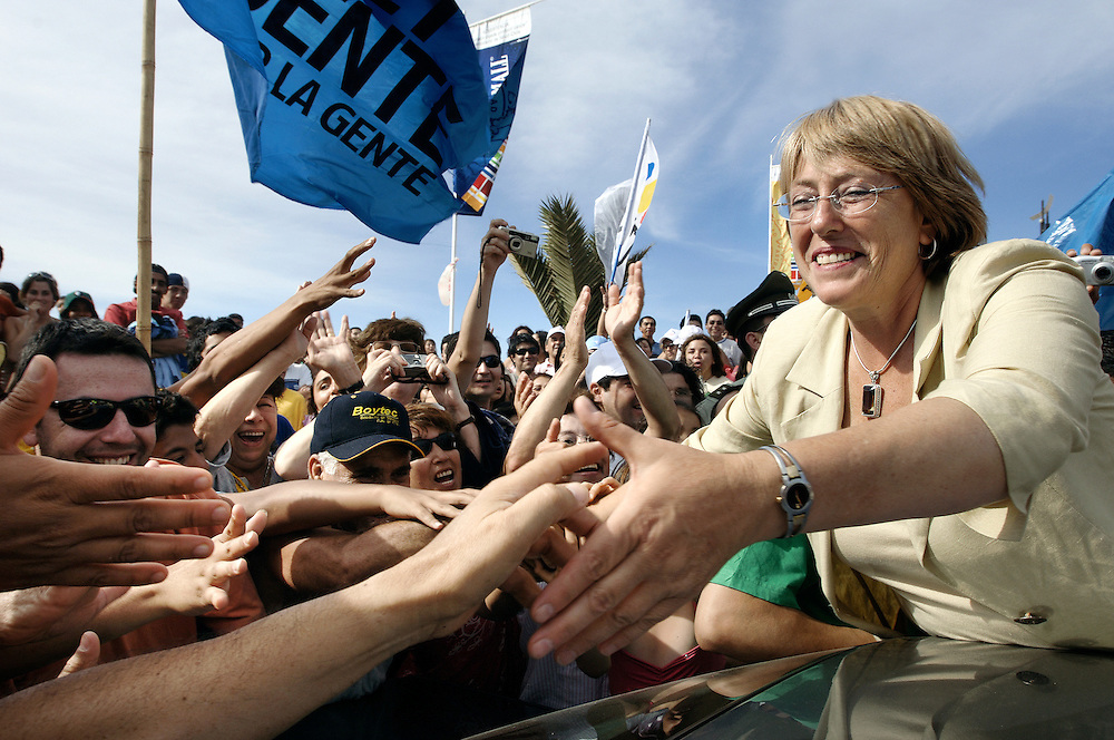 Cartagena ,Chile 07 Jaunary 2006<br /> Chile's presidential candidate Michelle Bachelet of the Socialist Party is greeted during a campaign rally. <br /> Photo: Ezequiel Scagnetti