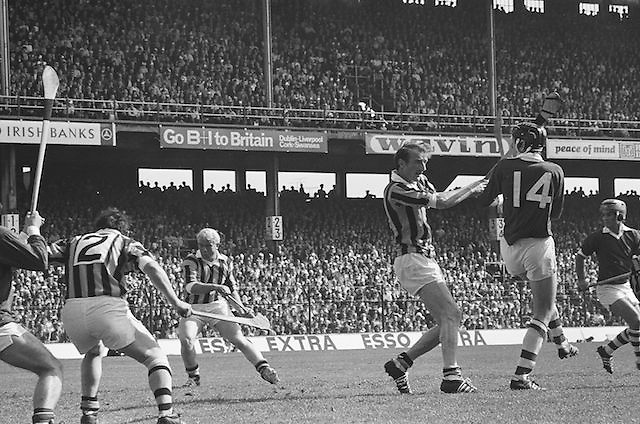 Slitor flies by as a Kilkenny player makes a swing for it during at the All Ireland Senior Hurling Final, Cork v Kilkenny in Croke Park on the 3rd September 1972. Kilkenny 3-24, Cork 5-11.
