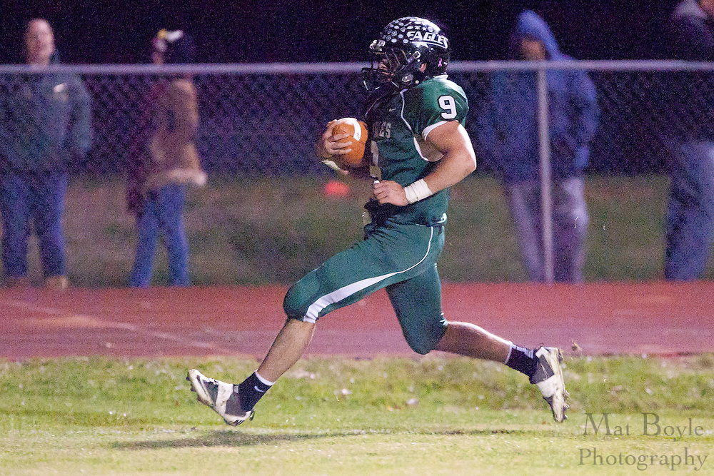 West Deptford High School's Phil Fisher (9)..NJSIAA South Jersey Group 2 first round playoff game Pemberton High School at West Deptford High School on Friday November 11, 2011. (photo / Mat Boyle)