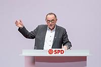 06 DEC 2019, BERLIN/GERMANY:<br /> Norbert Walter-Borjans, SPD, Minister a.D., Kandidat fur das Amt des Parteivorsitzenden, waehrend seiner Bewerbungsrede, SPD Bundesprateitag, CityCube<br /> IMAGE: 20191206-01-037<br /> KEYYWORDS: Party Congress, Parteitag