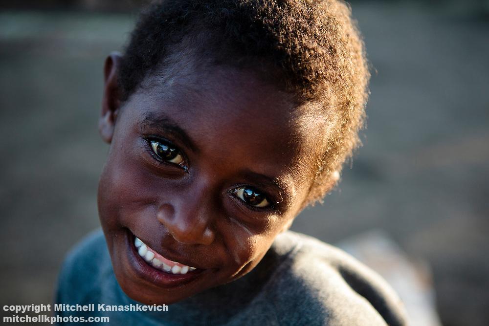 Smiling Ni Vanuatu girl. Uleveo, Maskelyne Island, Malampa Province, Malekula, Vanuatu